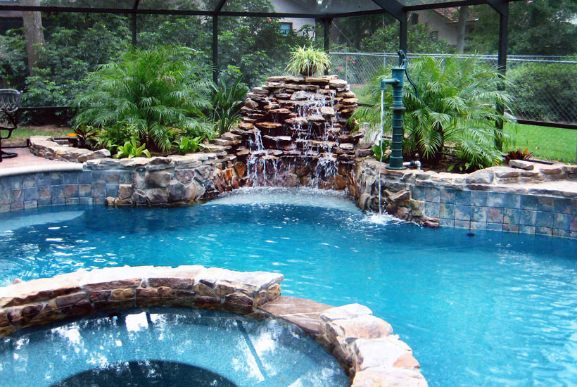 Reed 39 s swimming pools high end residential pool and spa for Swimmingpool selbstaufstellend